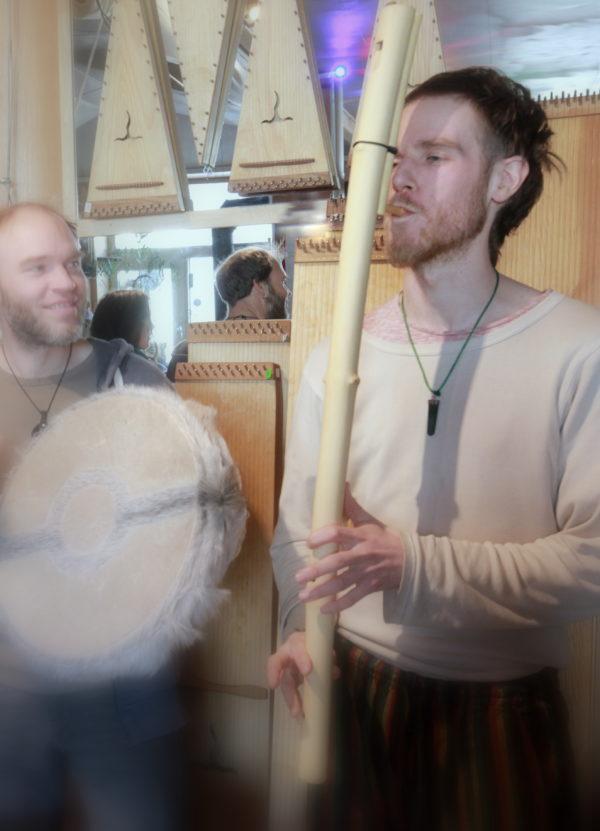Fujara Obertonflöte spielen lernen