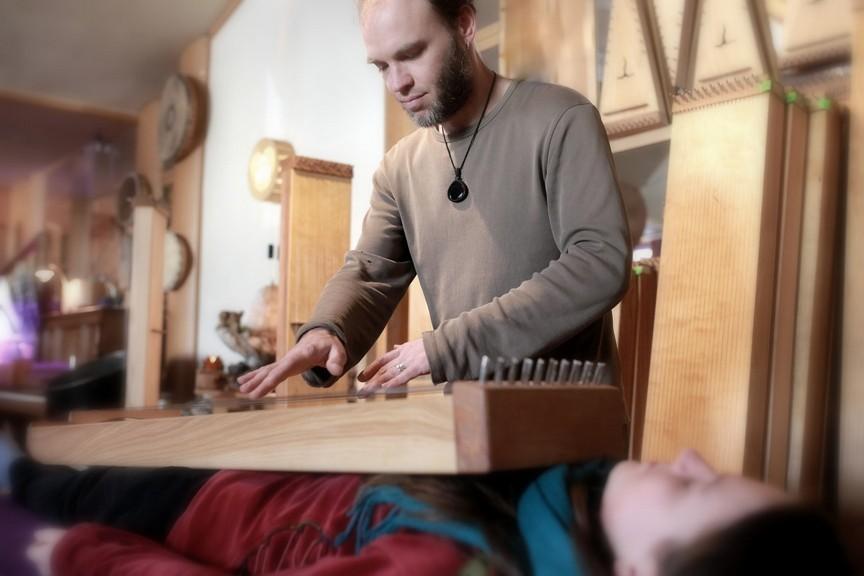 Klangmassage mit dem Monochord