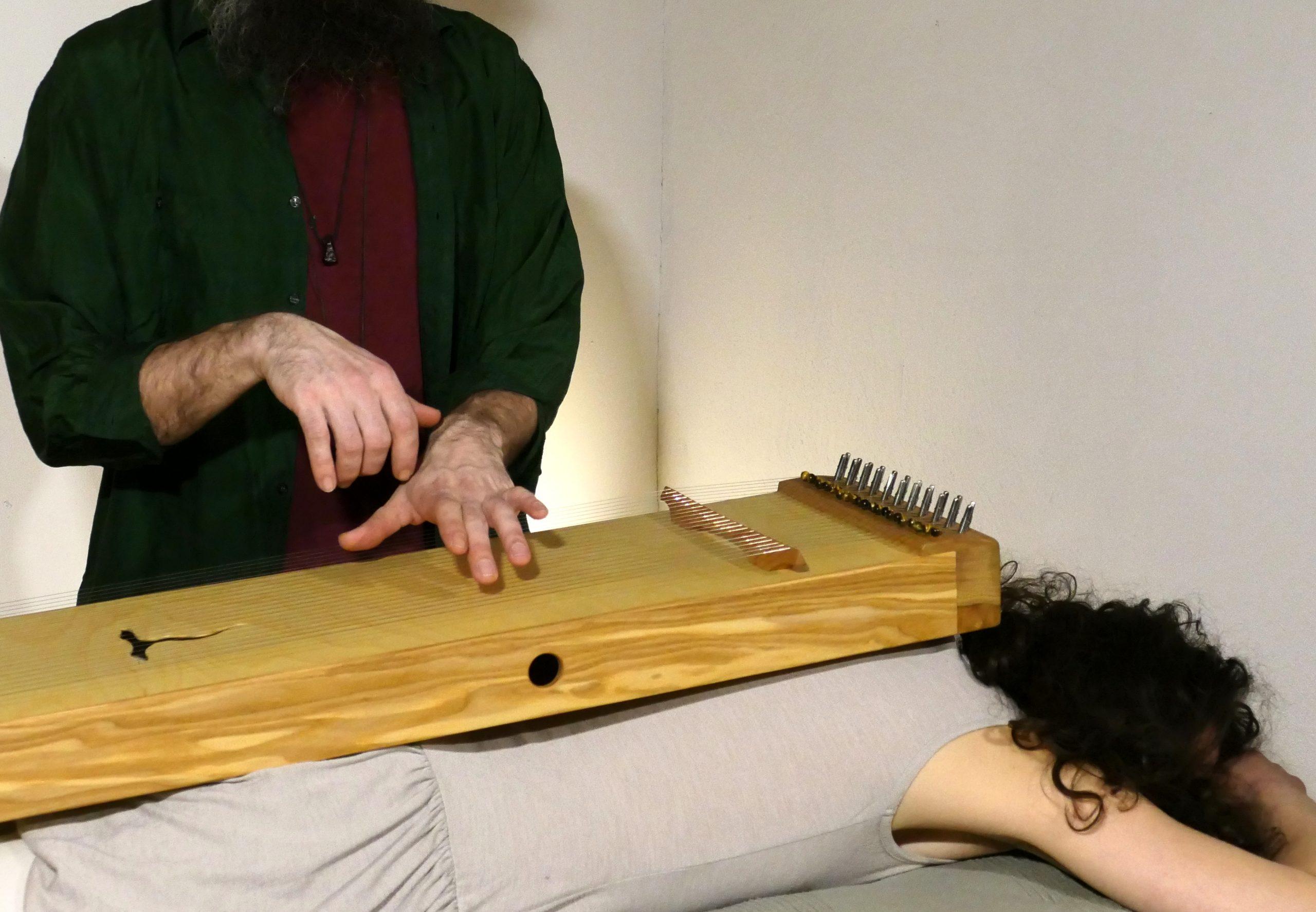 Monochord Bepielung Therapeuten