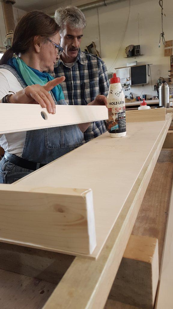 Seitenteile zusammenleimen - Monochord Bau Workshop als Paar