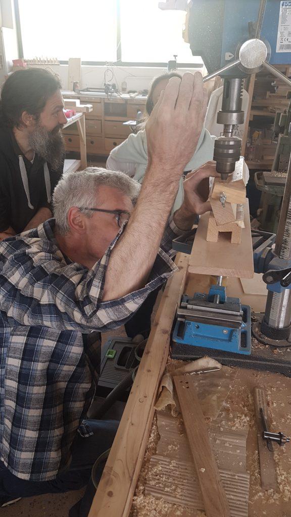genaues Bohren - Monochord Bau Workshop als Paar